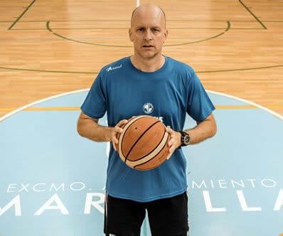 entrenador-balocesto-davor-marbella